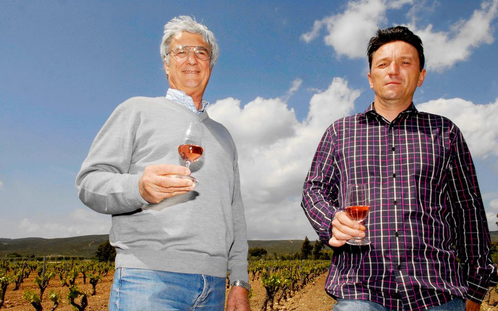 Vinmakare och och chef för Bronzon vingård heter Stéphane Bourret.